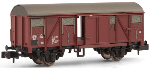Arnold 6205 - Closed wagon type Gs213, livery brown, DR