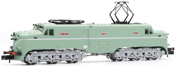 Arnold HN2344S - Spanish Diesel Locomotive 7702 of the RENFE (Sound)