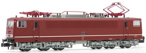 """Arnold HN2373 - German Electric Locomotive Class 250 of the DR, livery """"oleanderrot"""" (Digital)"""