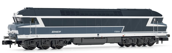 Arnold HN2382 - French Diesel Locomotive CC72000, blue, with white noodle logo of the SNCF