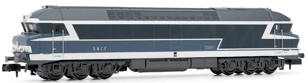 Arnold HN2386S - French Diesel Locomotive CC72000, blue, with road number plates of the SNCF (Sound)