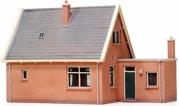 Artitec 10.115 - House w/ saddle roof 1930-1950