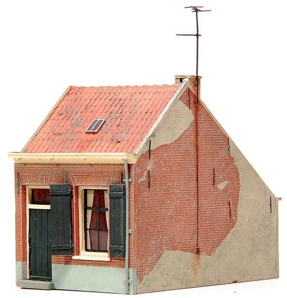 Artitec 10.168 - House in economically depressed area (19th century)