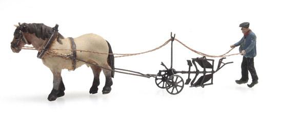 Artitec 316.068 - Horse and plough