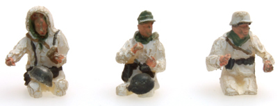 Artitec 387.101-W1 - German Army Crew Kübelwagen Winter Camo