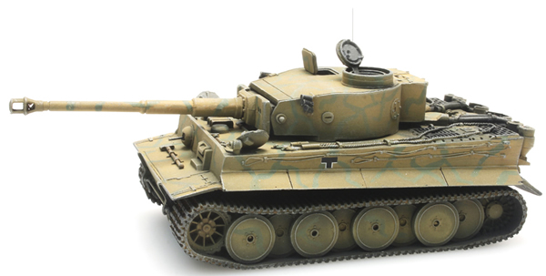 Artitec 387.247 - German Tank Tiger I Kursk camo