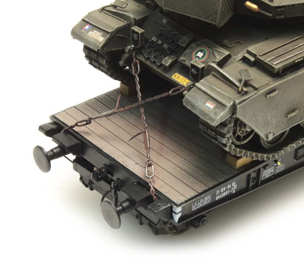 Artitec 387.300 - Transportation Chains for Military