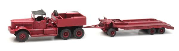 Artitec 387.430 - Diamond T truck with trailer, civilian