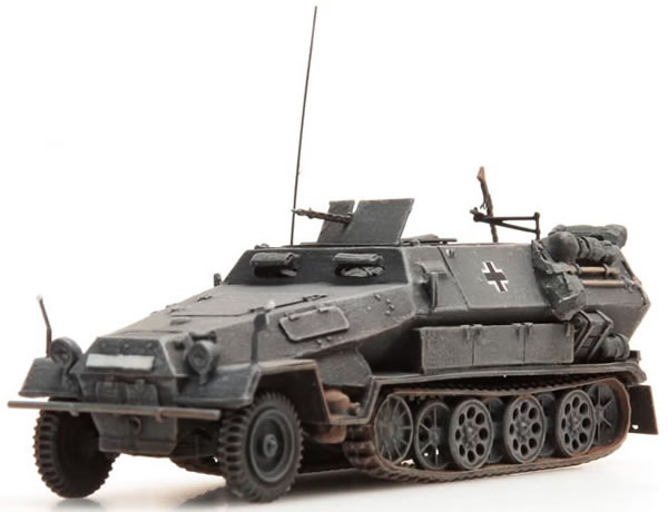 Artitec 387.73-GR - Sd.Kfz 251/1 version B half-track armoured personnel carrier (gray)