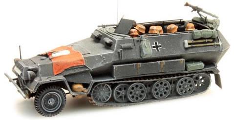 Artitec 387.73-S1 - German Army Sd. Kfz 251/1B w. flag w. Swastika, gray