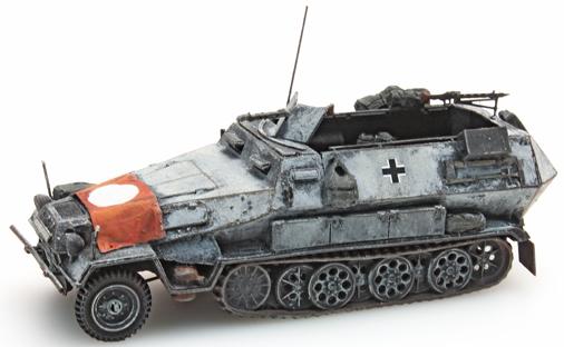 Artitec 387.73-S2 - German Army Sd. Kfz 251/1B w. Nazi flag, winter