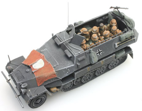 Artitec 387.86-C1 - German Army Crew Sd. Kfz 251/1B