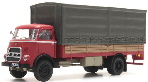 Artitec 487.042.06 - DAF Flatbed Truck German Wehrmacht (WWII)with red Tarp, Kab. '64