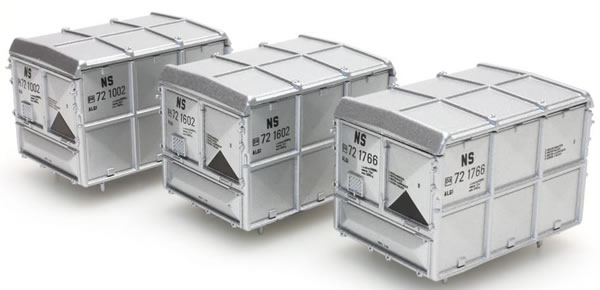Artitec 487.801.11 - DAF closed container silver NS ( 3 pieces)