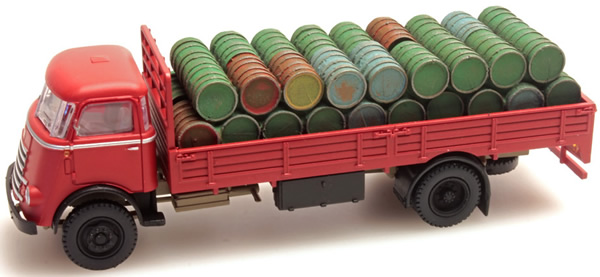 Artitec 487.801.41 - Load of Barrels with Cover for DAF open truck