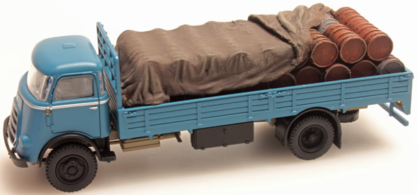 Artitec 487.801.42 - Load of Barrels with Cover for DAF open truck