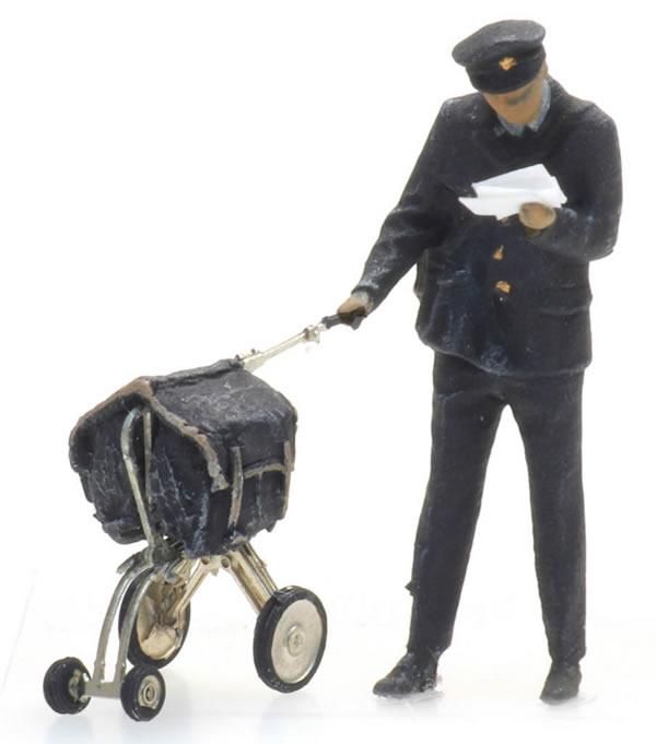 Artitec 5870004 - Postman and cart (1 figure)