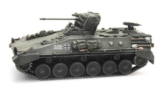 Artitec 6160059 - German Marder without skirt ready for rail transport