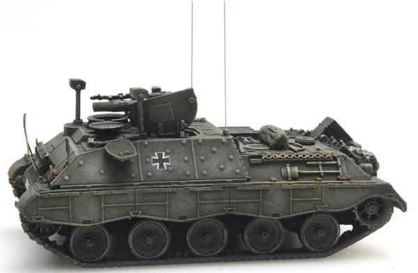 Artitec 6870031 - BRD Jaguar 2 yellow-olive paint scheme  German Army