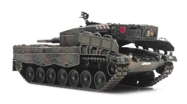 Artitec 6870186 - BRD Leopard 2A4 Camouflage ready for rail transport