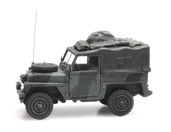 Artitec 6870216 - UK Land Rover 88 lightweight combat ready
