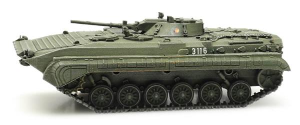 Artitec 6870289 - East German DDR BMP1 NVA green train load
