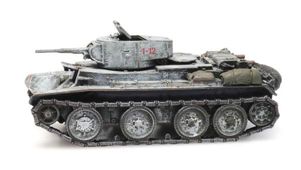 Artitec 6870336 - Russian USSR BT7/1 Tank Winter