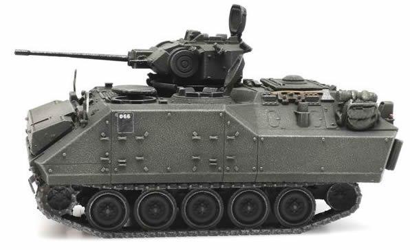 Artitec 6870348 - Belgian Armored Infantry Fighting Vehicle YPR 765 AIF treinlading
