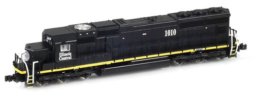 AZL 61009-4 - Illinois Central SD70 1020 black w/ yellow stripe