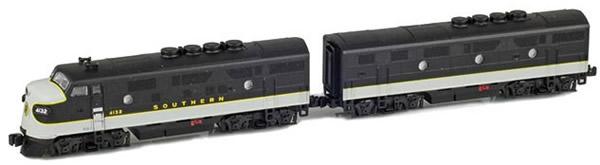 AZL 62910-1 - USA Diesel Locomotive Set F3A-F3B 4132, 4320 of the SOU