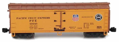 AZL 910801-2 - Pacific Fruit Express 40 PFE R-30-18 Wodden Reefer 60129
