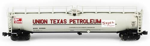 AZL 91335-2 - Union Texas ACSX 33,000 Gallon LPG Tank Car 933074