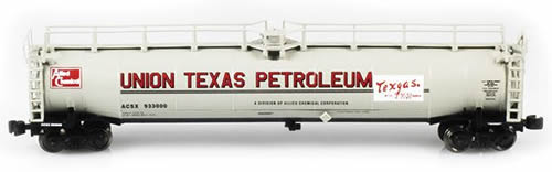 AZL 91335-2 - Union Texas ACSX 33,000 Gallon LPG Tank Car 933074