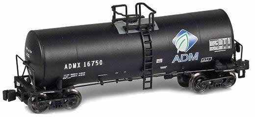 AZL 913800-2 - ADMX 17600 Gallon Tank Car 16724 ADM (w/ Leaf Logo)