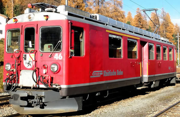Bemo 1366136 - Swiss Electric Railcar ABe 4/4 46 of the RHB (DCC Sound Decoder)