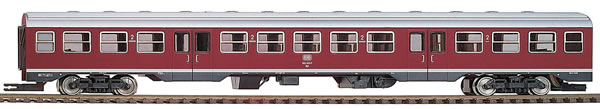 Bemo 1622811 - German 924 417 Intermediate Car for BR 624