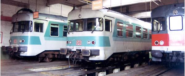 Bemo 1622830 - German 924 427 Intermediate Car for BR 624