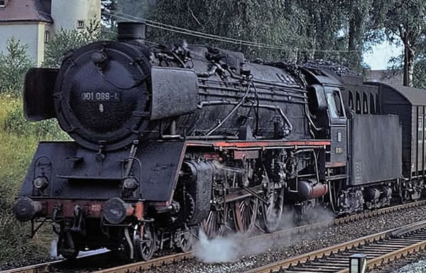 Brawa 40909 - German Steam Locomotive BR 001 of the DB (AC Digital Basic Plus)
