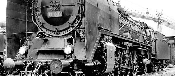 Brawa 40916 - German Steam Locomotive BR 01 of the DRG (DC Analog Basic Plus)