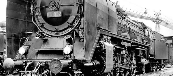 Brawa 40916 - German Steam Locomotive BR 01 of the DRG (DC Analog Basic Plus)