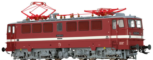 Brawa 43108 - German Electric Locomotive BR 211 of the DR (DC Digital Extra w/Sound)