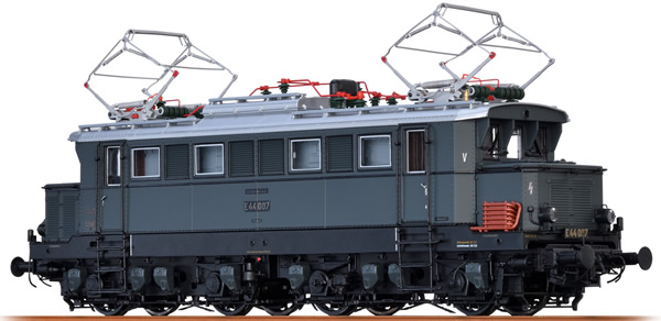 Brawa 43402 - German Electric Locomotive BR E44 of the DRG (DC Digital Extra w/Sound)
