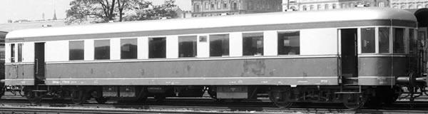 Brawa 45151 - Railcar Trailer C4dB ÖBB
