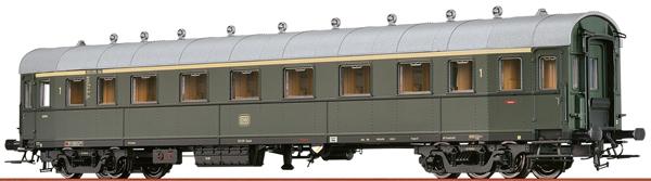 Brawa 45319 - German Express Train Car A4u-30/52