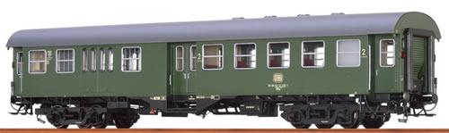 Brawa 46066 - German Passenger Coach B4yg of the DB