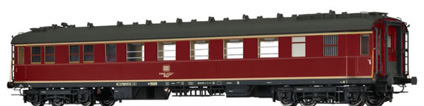Brawa 46420 - Express Train Coach WGük 822