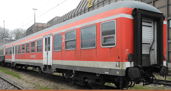 Brawa 46516 - German Passenger Car BNRZ 446.0 of the DB AG