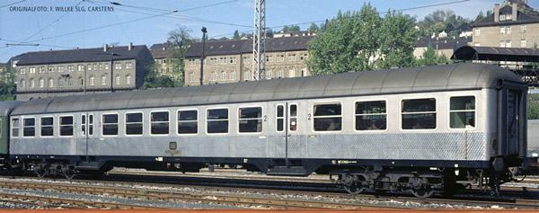 Brawa 46525 - German Passenger Car Silberling BN 719 of the DB