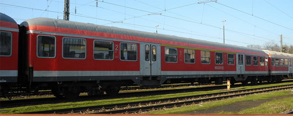 Brawa 46532 - German Passenger Car ABNRZ of the DB AG