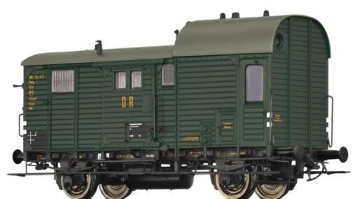 Brawa 49411 - French Luggage Car Pwg pr14 of the SNCF